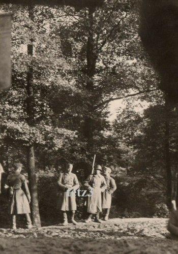 Polen 1939 b.Tomaszów Lubelski Grenzer Russland Russischer Soldat.jpg