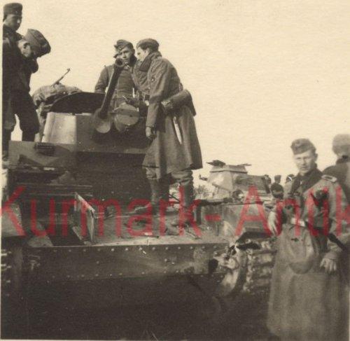 7TP Front combat in Warschau (1).jpg