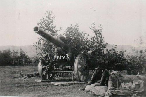 Polen 1939 v.Krakau Geschütz Kanone Tarn Camo.jpg