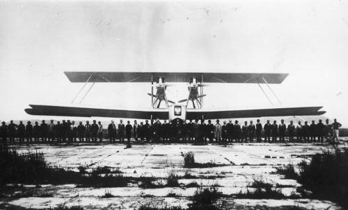 9 -Caproni Ca-87 Polonia przed startem.png