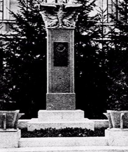 k pomnik jp 3 psp.JPG