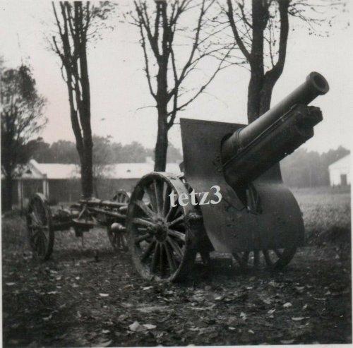 Polen 1939 b.Tomaszów Lubelski Geschütz Kanone Mörser Lafette Beute.jpg