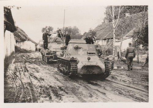 Polenfeldzug,Vormarsch,SdKfz 265 Panzerbefehlswagen 1 in Polen.jpg