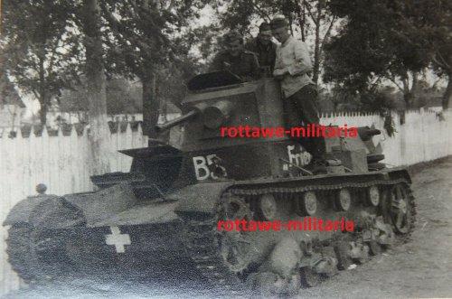 Panzer Tank 7TP Beutepanzer Balkenkreuz B3 1939 Frieda_0.jpg