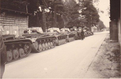 Panzer II Balkenkreuz 4.Panzer Division 4.PD Neuhammer 1939.jpg