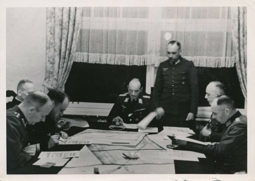 Pressefoto 1939 Poland Hela hat kapituliert, General Kupitisch 02-10-1939.jpg