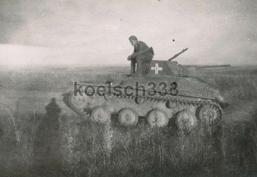 T-60 Panzer mit Beute Balkenkreuz.jpg