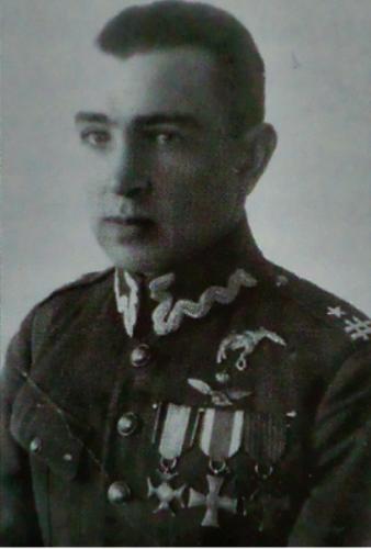 W.Iwaszkiewicz ppłk pil. 11.PM - Lida 1925-28 r..png