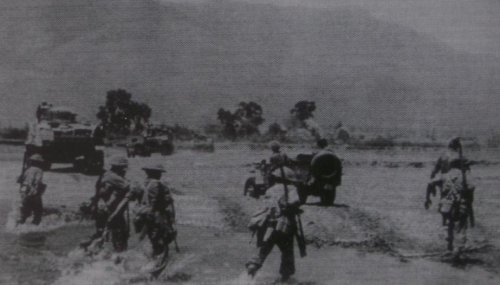 gurk imphal czerw 1944r.JPG