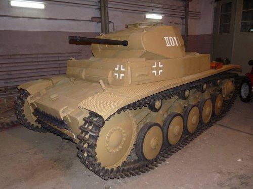 Pz II Ausf.F.jpg
