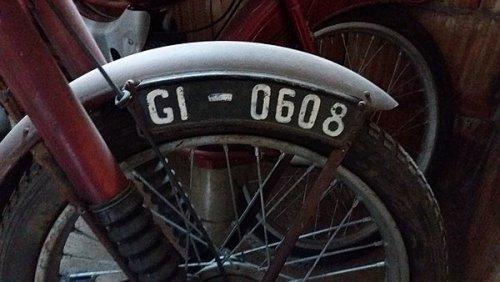 600px-Tablica_motocyklowa_1956-1976.jpg
