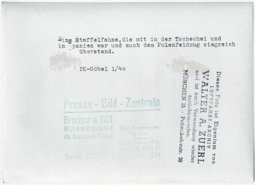 Staffelfahne_0.jpg