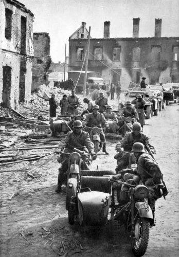 Polska 1939-miasto.jpg