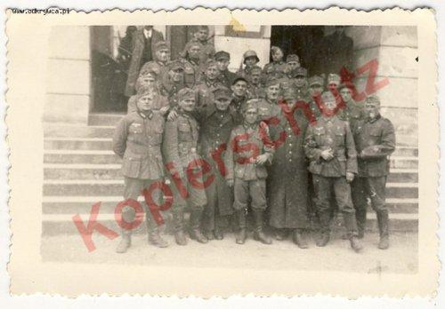voPolnische Soldaten mit Wehrmacht Verbrüderungsfeier3103889.jpg