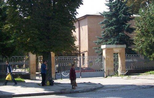 brama1 2006.JPG