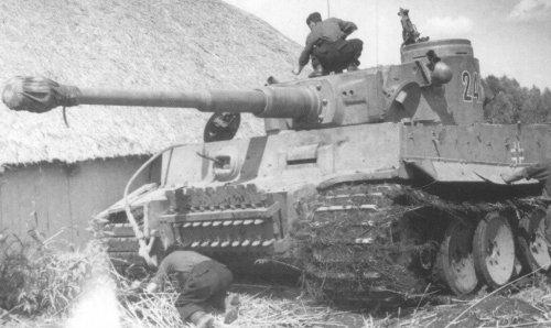 Tiger I z Schwere Panzer-Abteilung 503 pod Kurskiem.jpg