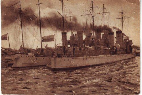 dywizjon_torpedowcw_w_porcie_wojennym_w_gdyni_692.jpg