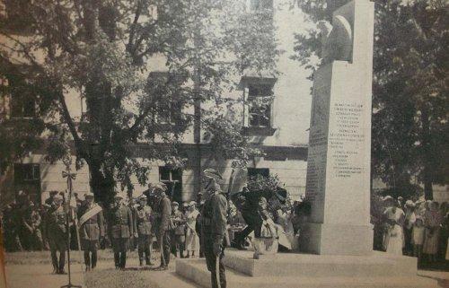 pomn 1933.JPG