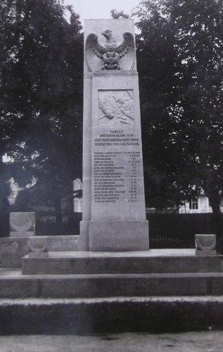 pomn 1933 1.JPG