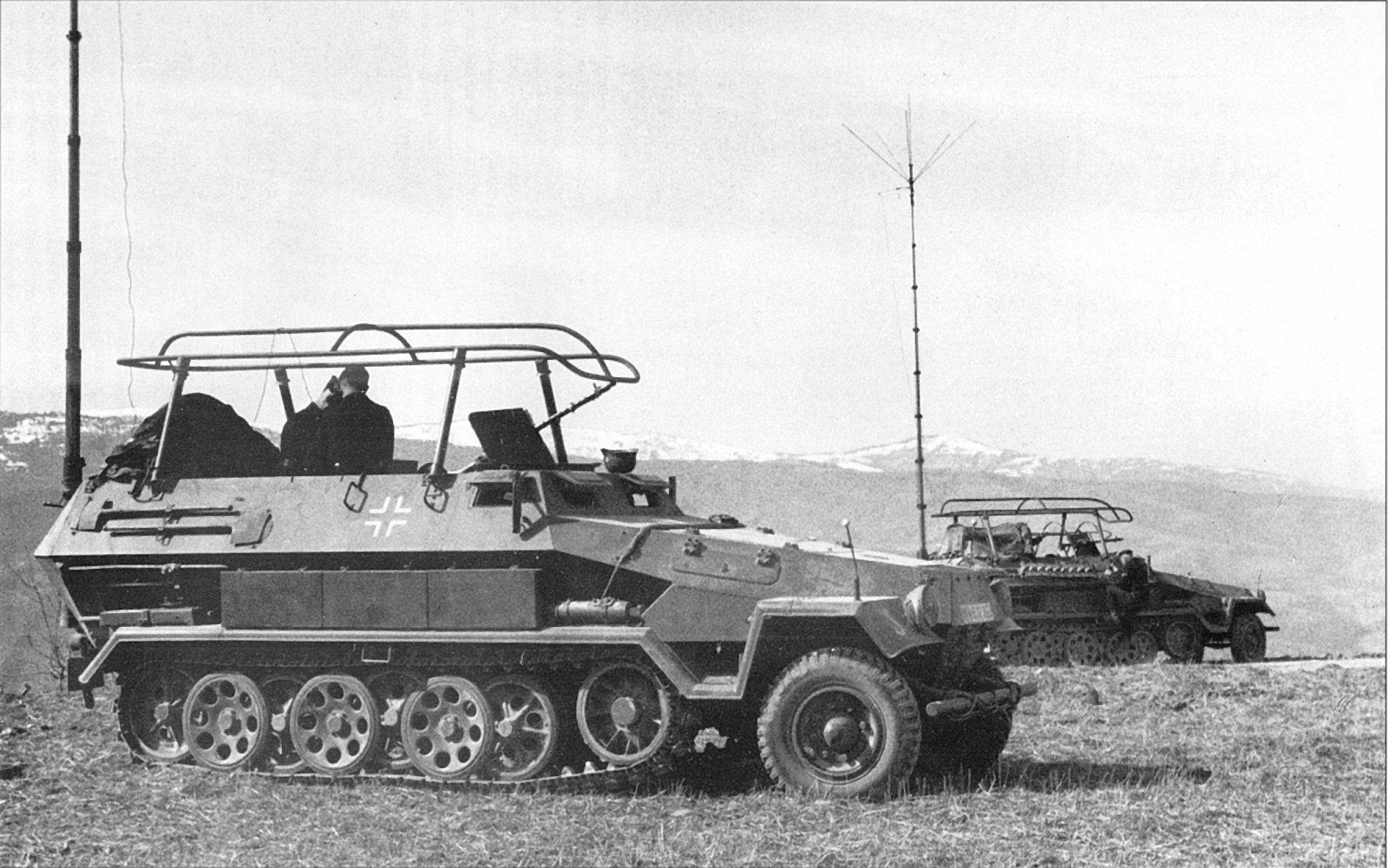 1963523013_SdKfz251(12).jpg.34508cd8b23737fc8658ba70afcee84e.jpg