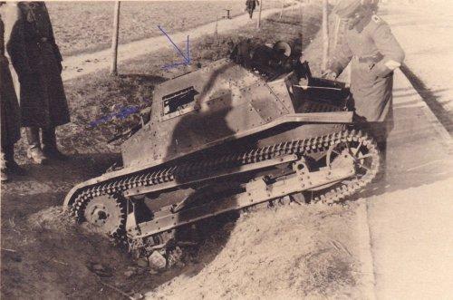 polnische Tankette TKS Nachlass 4.PD 1939.jpg
