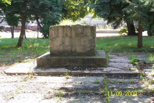 Miejsce gdzie stał pomnik pułku.JPG
