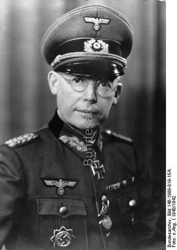 Hans-Carl von Esebeck.jpg