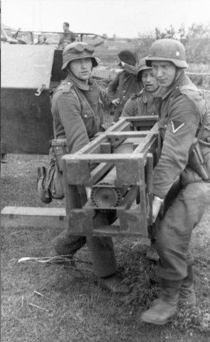 SdKfz 251-1 WR 35.jpg
