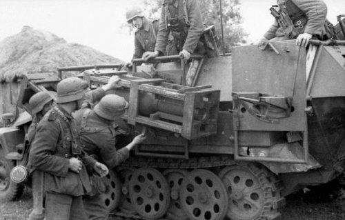 SdKfz 251-1 WR 31.jpg