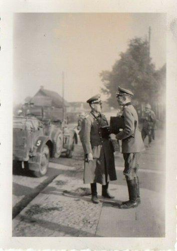 Vor Lublin 1939 Polen General Faber du Vour im Divisionsstab.jpg