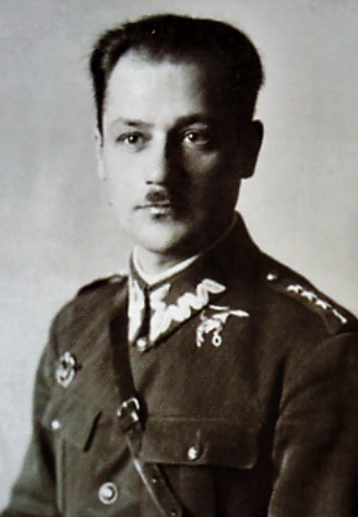 kpt.pil. Julian Jasiński 1.PL zdj. koniec lat 20-tych.png