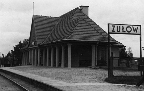 tabl zulow1.JPG