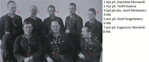 3.PL oficerowie.png