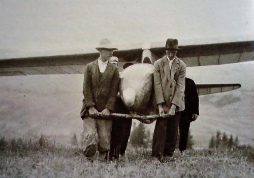 1933 r. Bezmiechowa.png