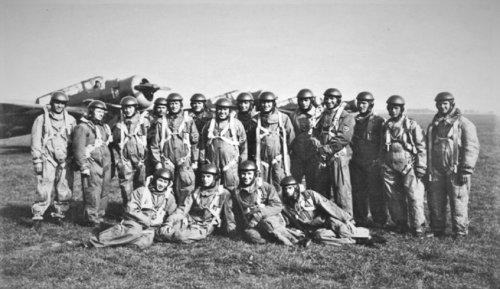 lot 21 eskadra liniow pazdziernik 38r.jpg