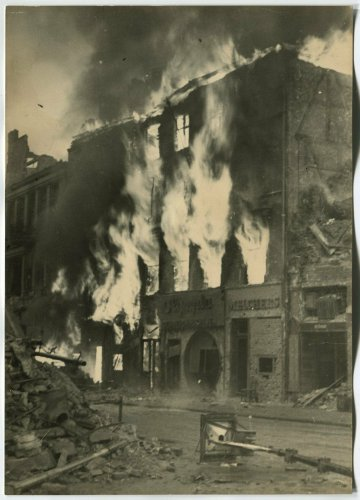 BATTLE OF BERLIN - BURNING BUILDING, APRIL 1945.jpg