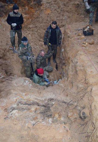 bierun_ekshumacja-24.jpg
