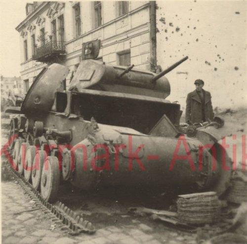 Polen Feldzug Panzer II Front combat in Warschau (1).jpg