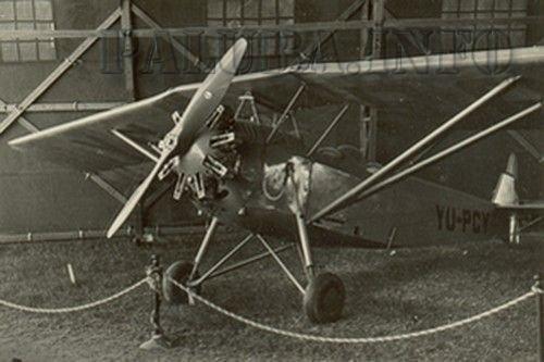 RVD-8_YU-PCY_međunarodna vazduhoplovna izložba Beograd 1938.jpg