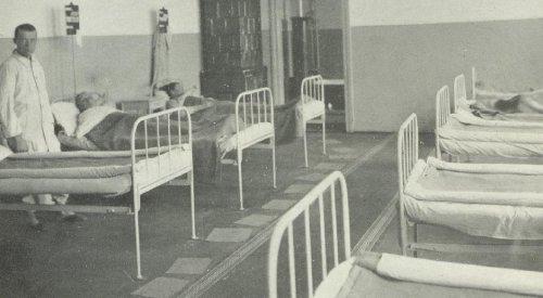 lot 2pl w pulkowej izbie chorych.JPG