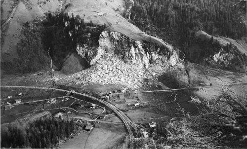 1920px-Mitholz_Uebersicht.jpg
