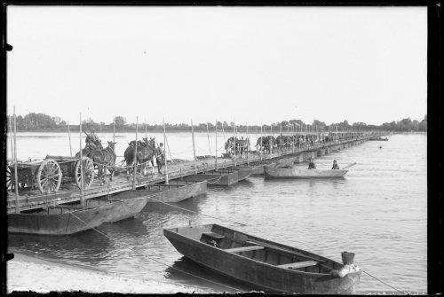 Przeprawa przez Wisłę 1 Dywizji Artylerii Konnej - Wychodź, 10.08.1934.jpg