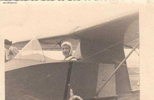 polnisch_segelflugzeug_w.w.s._1_no.2_postkartengre_brasov_airclub..thumb.jpg.b29dfa58bdde1f4e0692308a822aaaa4.jpg
