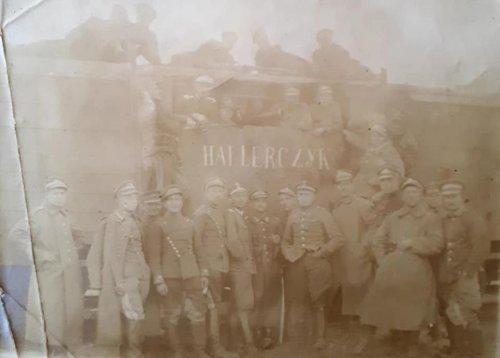 Pociąg pancerny nr 4 ''Hallerczyk''- luty 1919 r..jpg