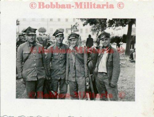 Radomsko polnische POW Gefangene.jpg