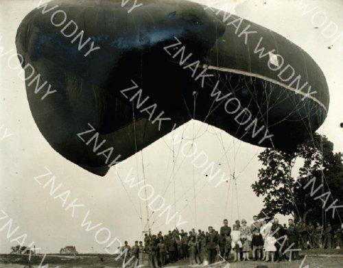 lot balloonn.JPG