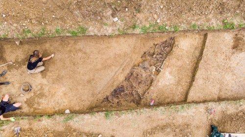 z26238627V,Badania-archeologiczne-na-miejscu-pochowku-zolnier.jpg
