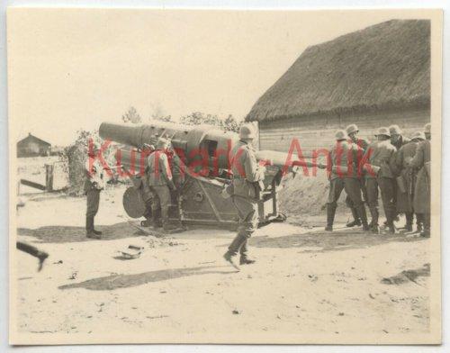 Wehrmacht Artillerie Abt.641 Polen Warschau Beute Skoda Mörser Kanone.jpg