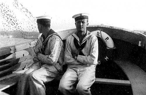 marynarze z groma.jpg