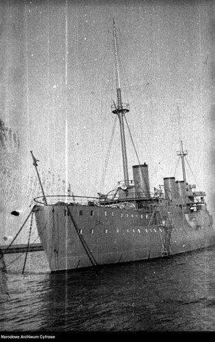 Krążownik-ORP-BAŁTYK-966x1536.jpg
